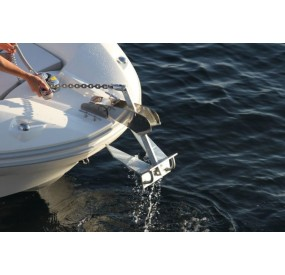 Zodiac Nautic Electric windlass - Open 7 - Factory assembly - French Riviera dealership